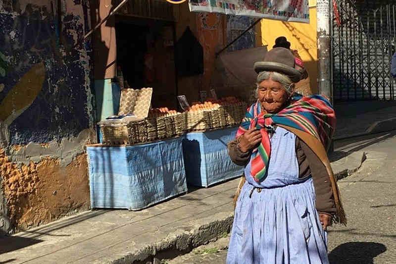 Colori di La Paz - cholita