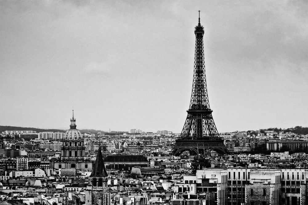 La bellezza sarà ricominciare - Parigi Torre Eiffel