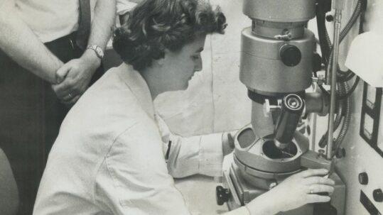 June Almeida Hart - la scienziata che scoprì il primo coronavirus